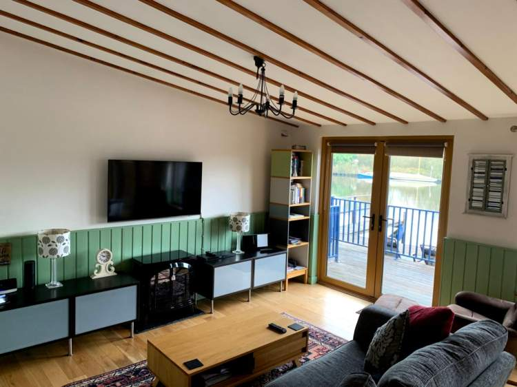 Swallowdale Holiday Home lounge